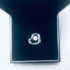 """Dancing Dangling Diamond"" heart ring, size 7"